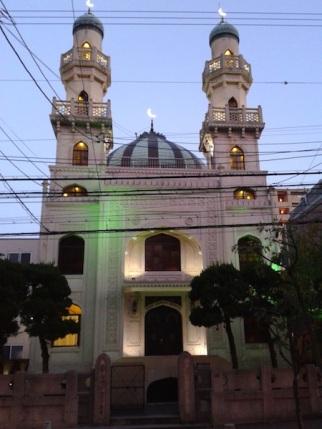 Took a walk. Saw a mosque.